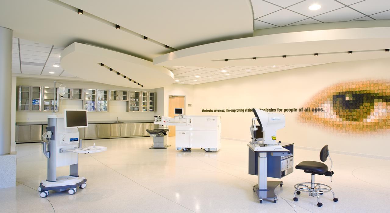 Abbott Medical Optics laboratory space