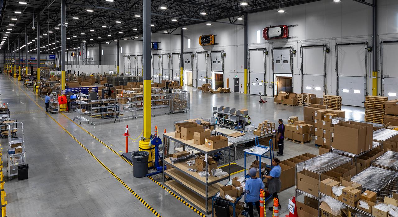 BMW Canada distribution space