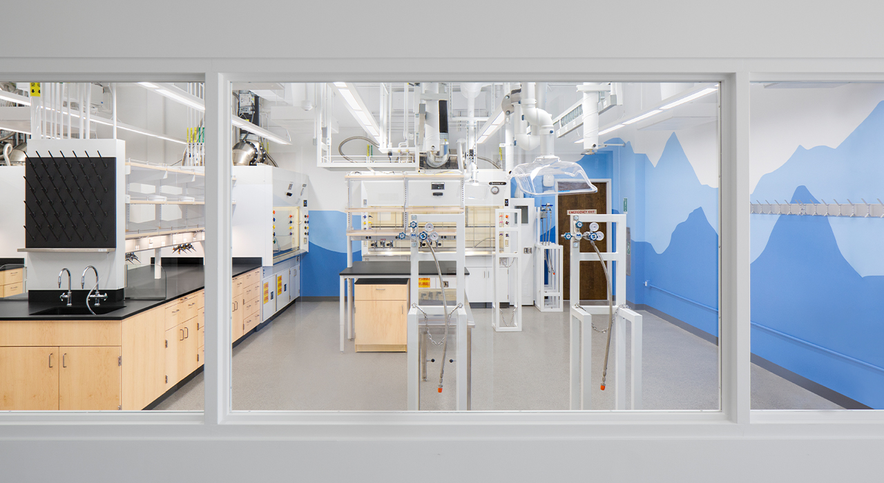 Caltech Kimberly See laboratory space