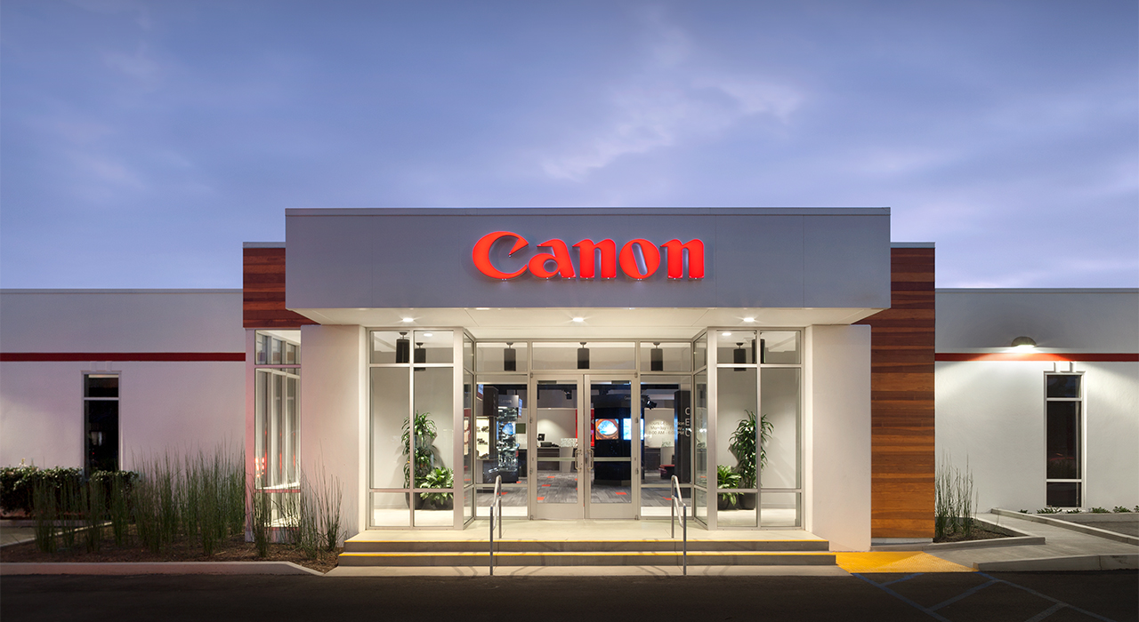 Canon Experience Center storefront