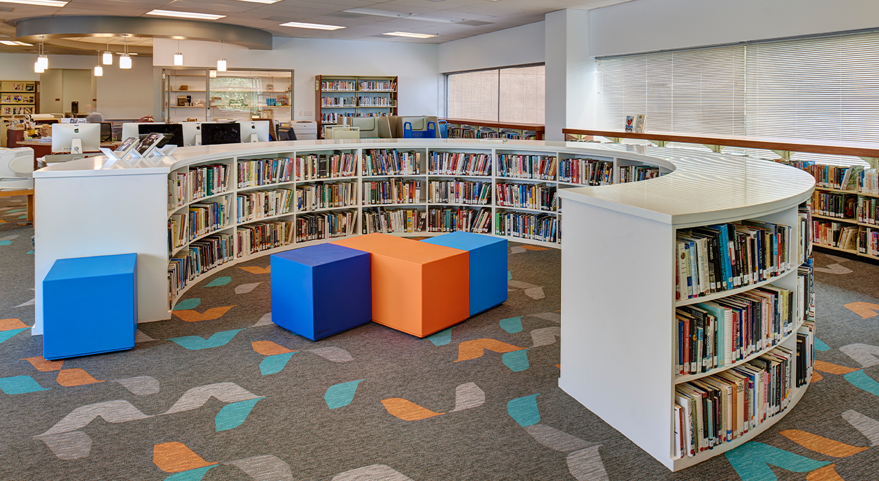 La Jolla Country Day School library