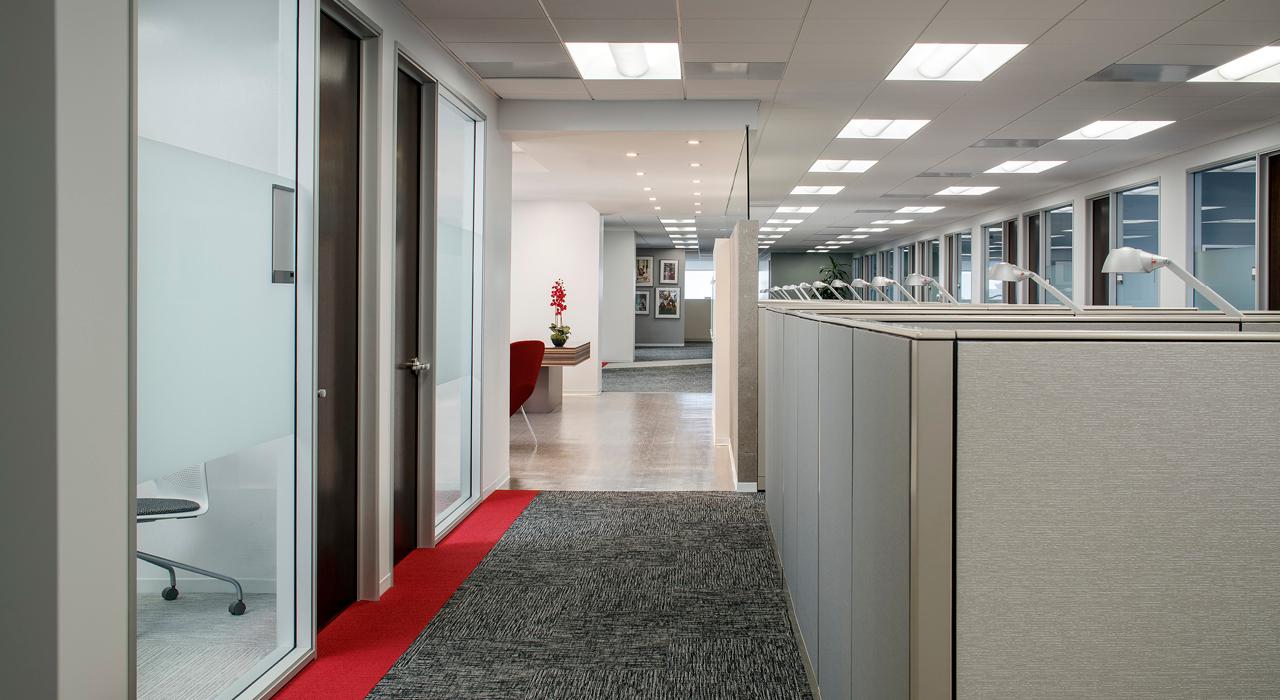 USC Suzanne Dworak-Peck School of Social Work open office space