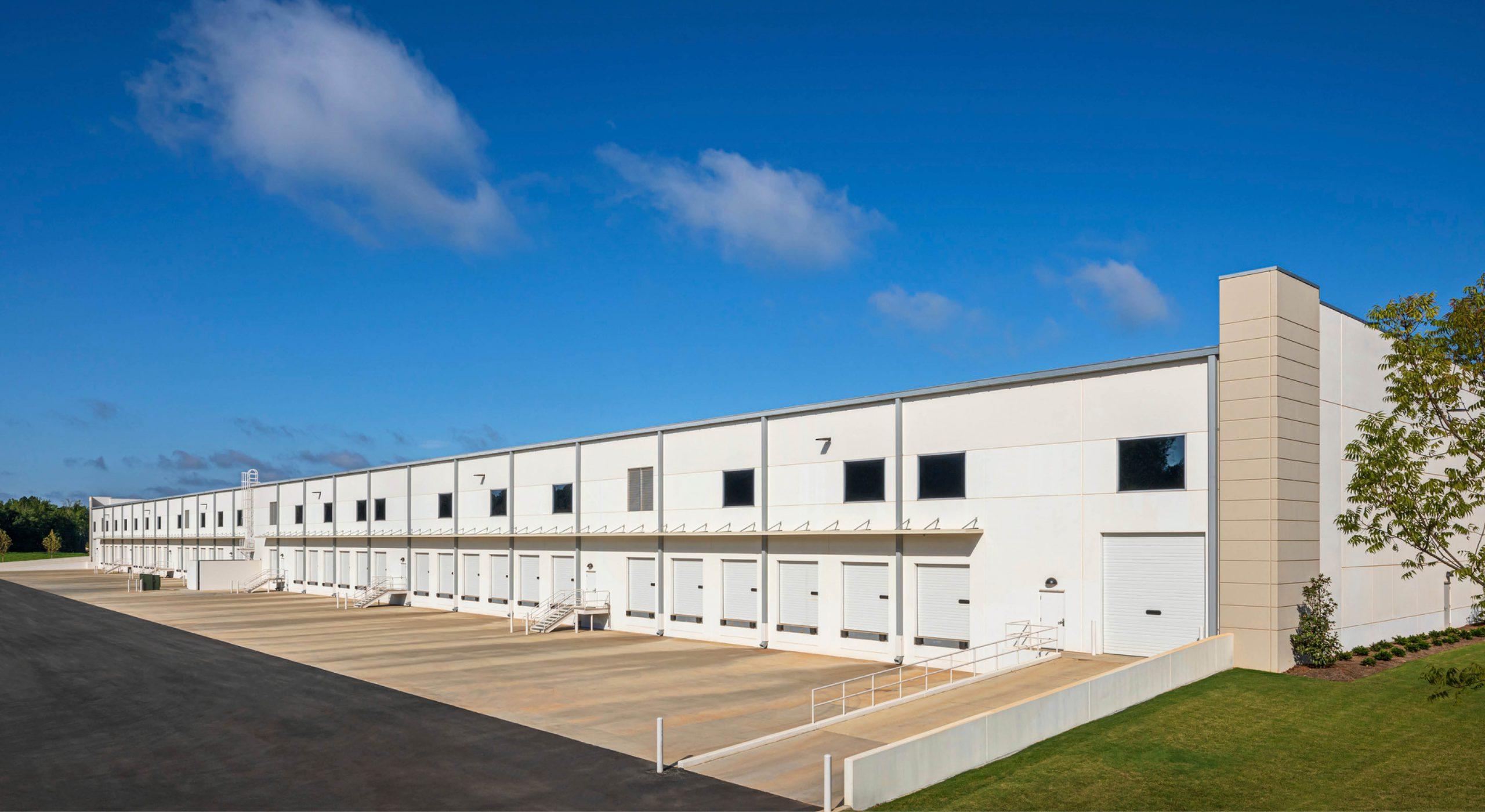 I-195 Lanier Logistics truck bays